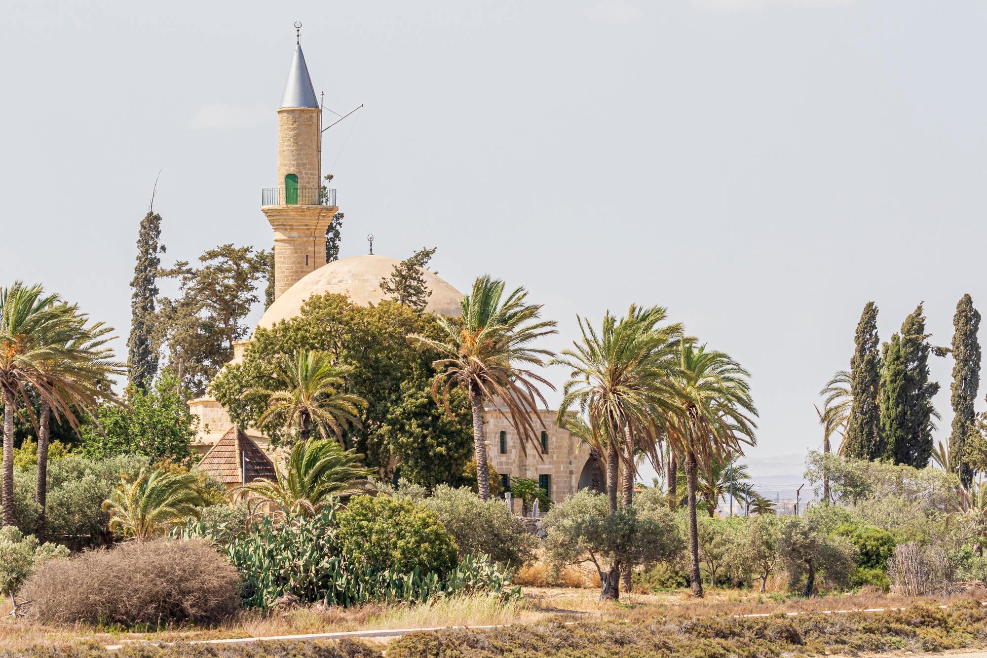 Кипрский город Ларнака знаменит своей древней историей