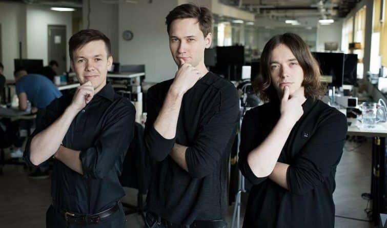 Ажнюк, Нескін, Клен (зліва направо).