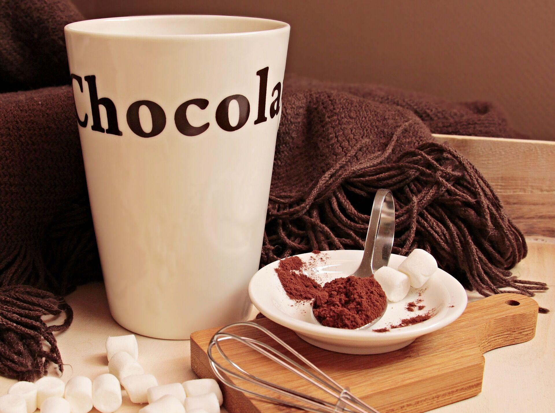 Додавайте дрібку какао до кави