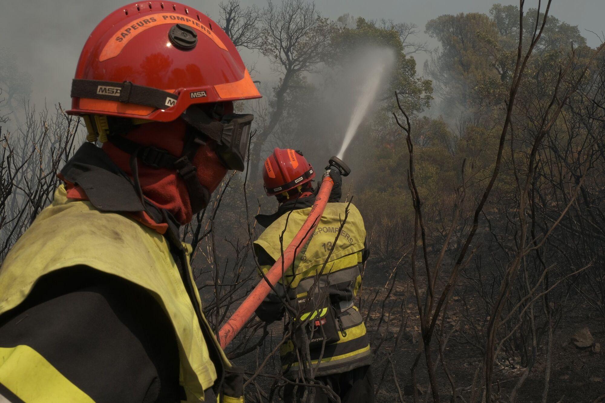 До гасіння залучено близько 1200 рятувальників