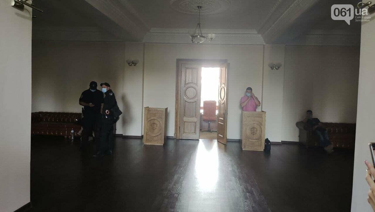 Полиция пришла с обыском в Запорожский горсовет