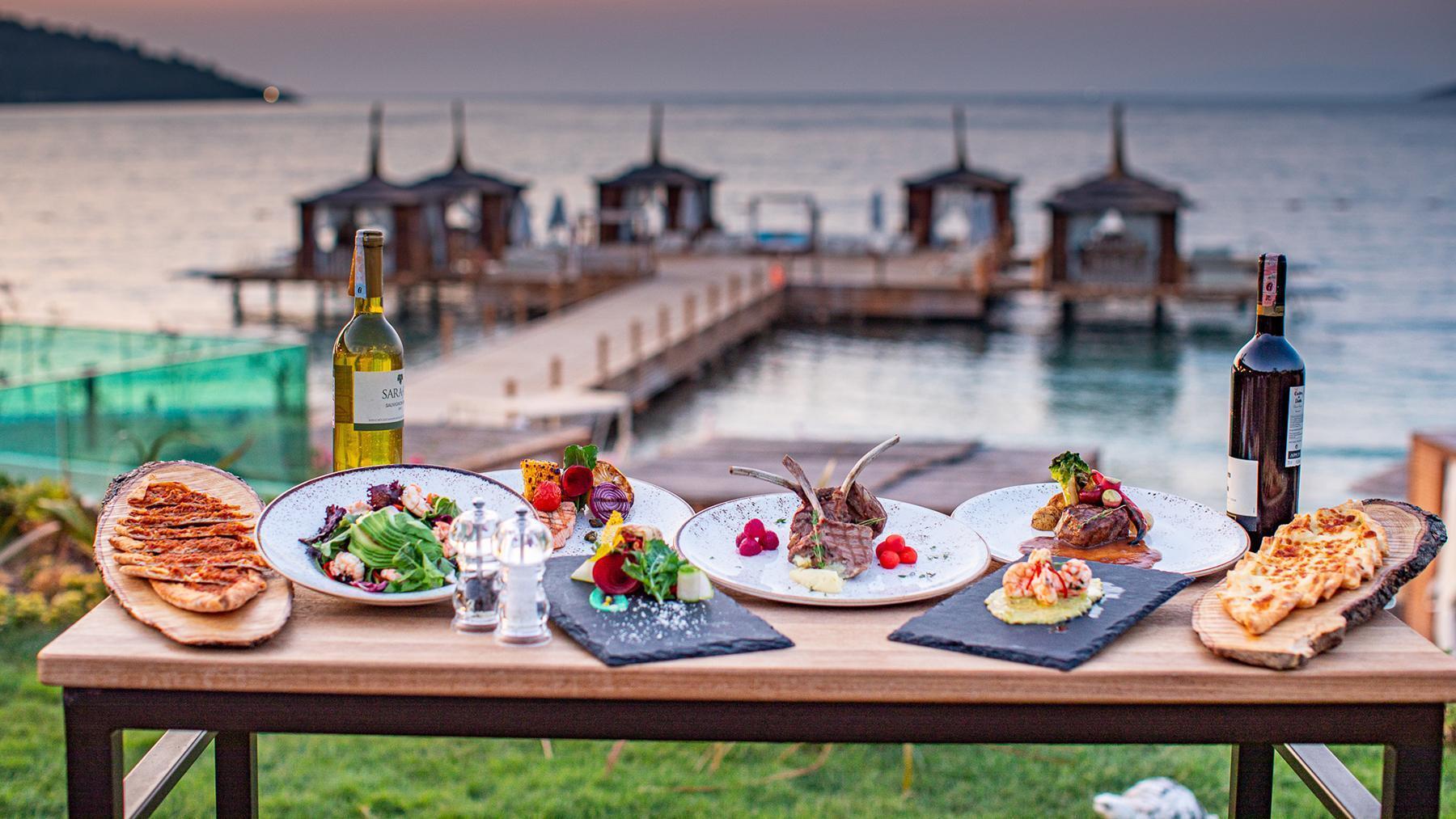 Харчуватися в Туреччині можна як у ресторані готелю, так і за його межами