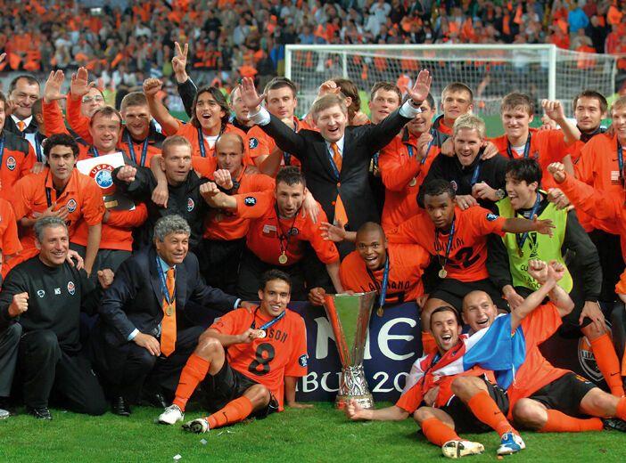 """""""Шахтер"""" выиграл Кубок УЕФА в 2009 году."""