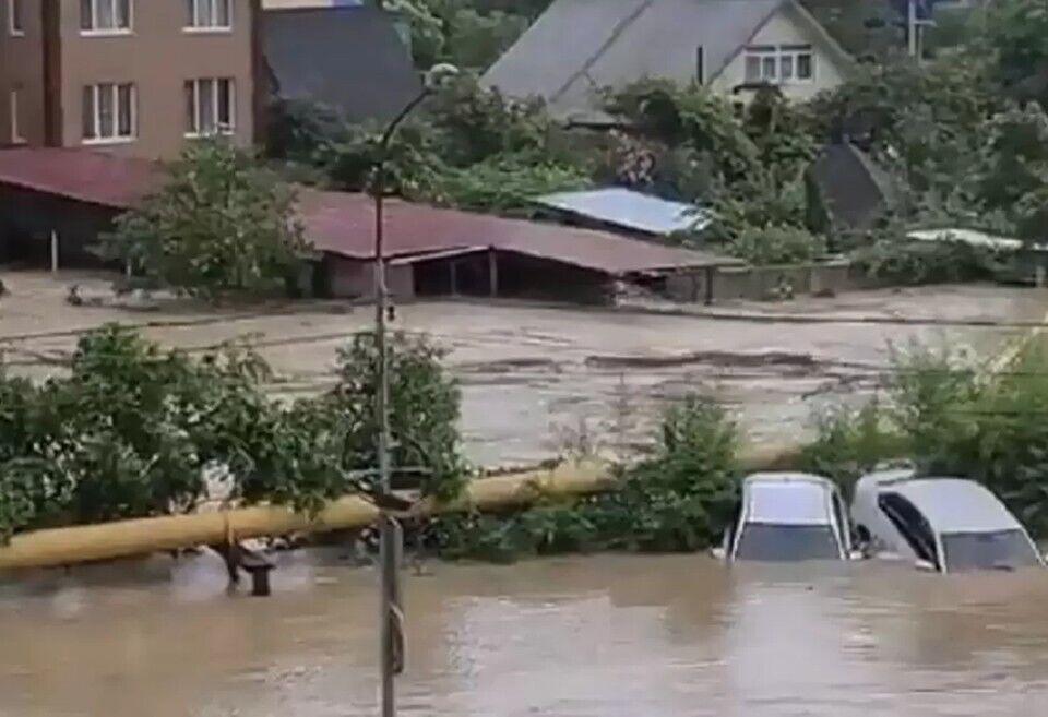 Затопленные дороги