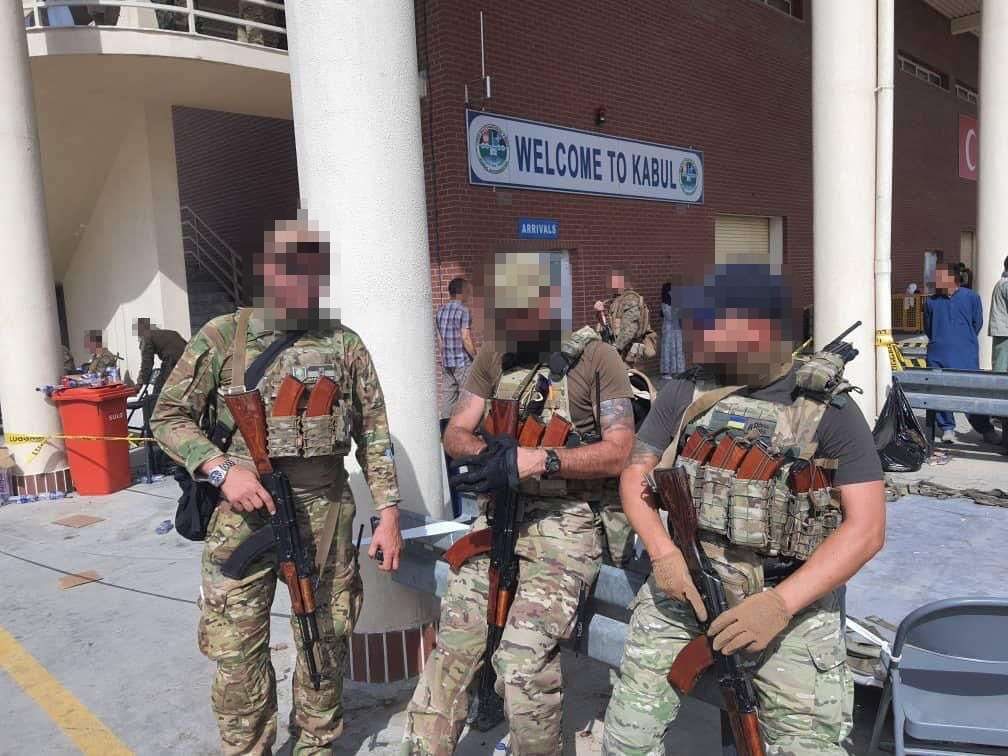 Український літак евакуював громадян із захопленого талібами Кабула