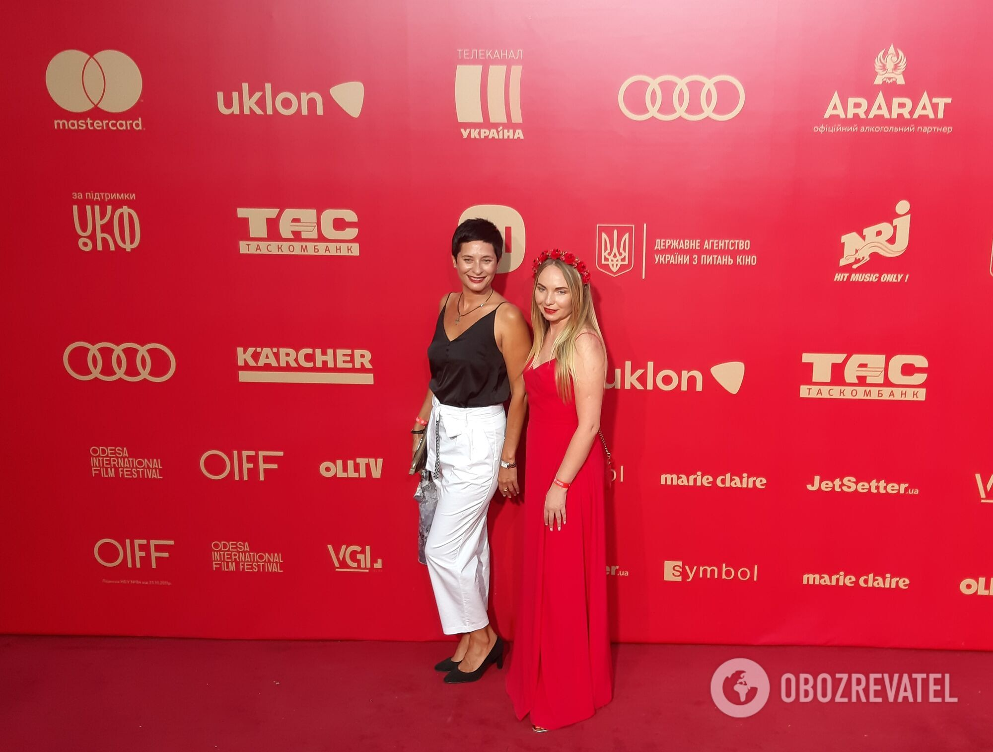 Найкращі вбрання зірок на червоній доріжці кінофестивалю