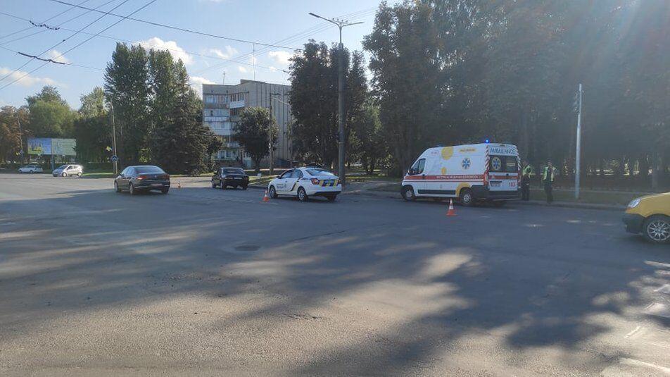 На проспекте Возрождения в Луцке автомобиль сбил ребенка