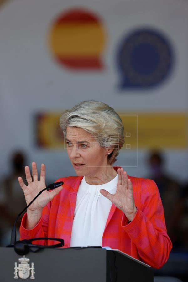 """Урсула фон дер Ляйен заявила, что Евросоюз имеет определенные """"оперативные контакты"""" с """"Талибаном"""""""