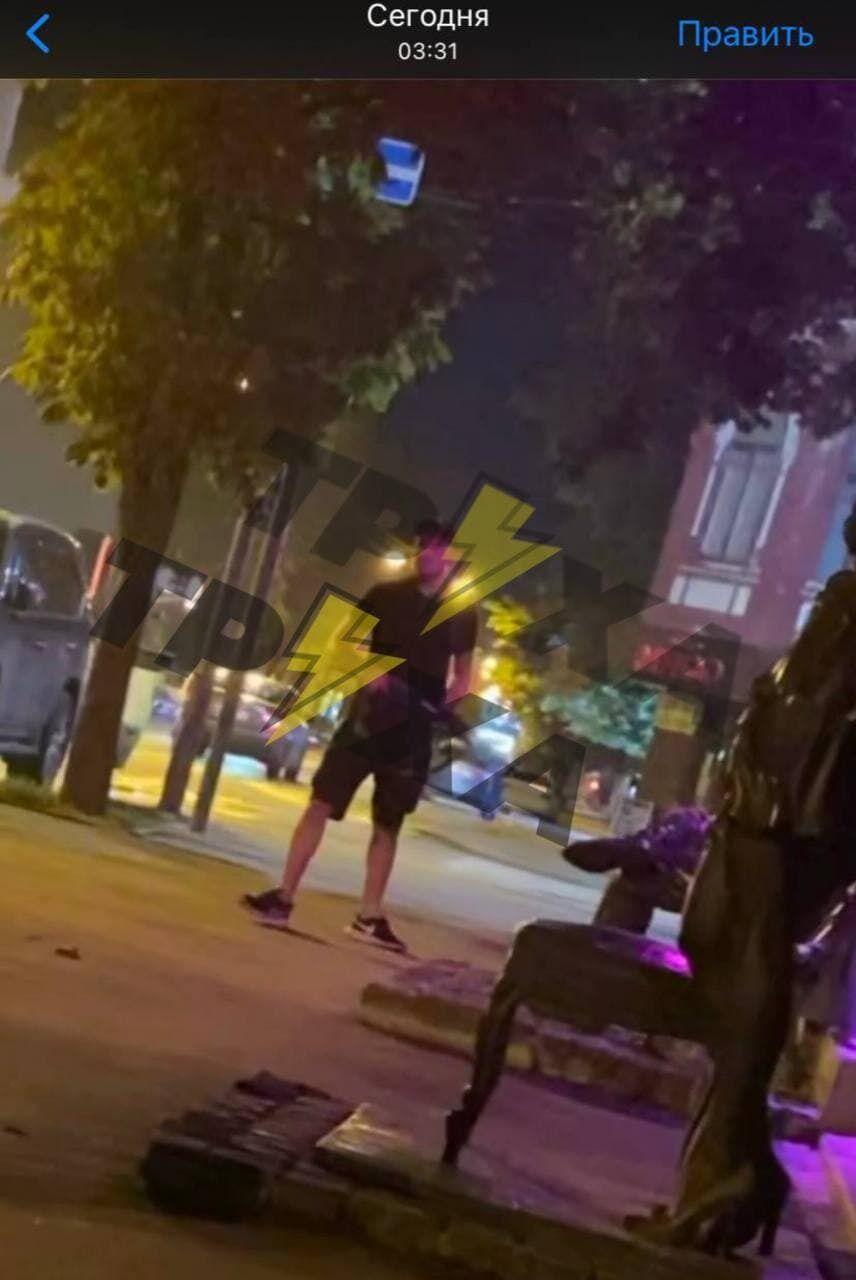 В Харькове мужчина стрелял из автомата возле ресторана