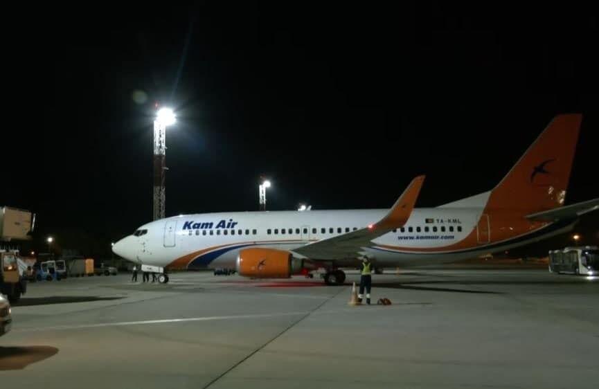 Самолет эвакуировал украинцев из Афганистана.