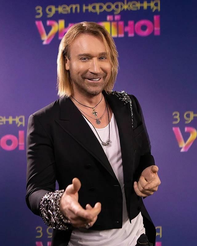 Олег Винник часто радует поклонников украинскими хитами