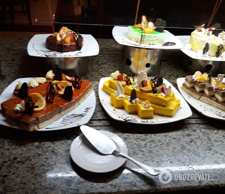 В Египте небольшой выбор первых блюд компенсируется разнообразием десертов