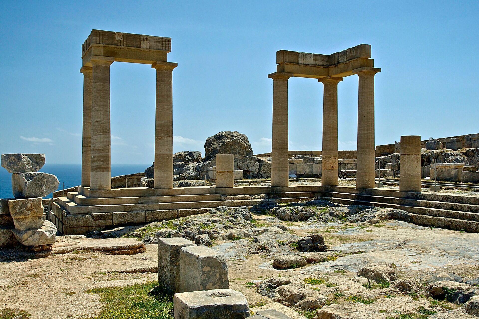 Южные курорты Греции Родос и Крит отлично подходят для пляжного отдыха осенью