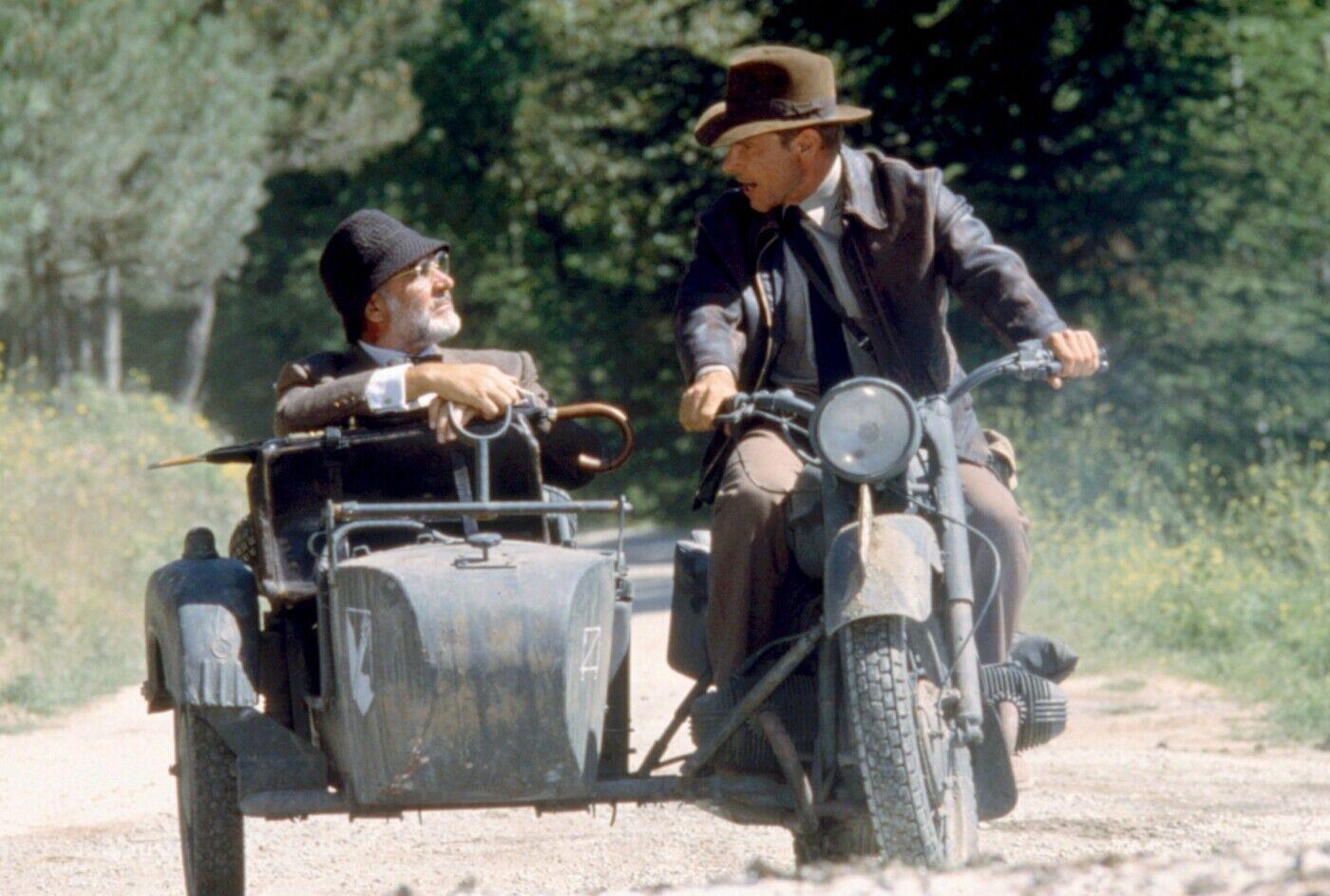Харрисон Форд и сер Шон Коннери на киевском мотоцикле.