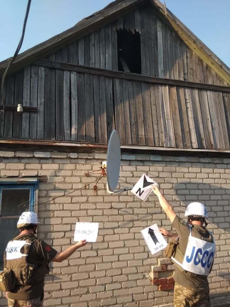 Під обстріл бойовиків на Донбасі потрапив приватний будинок.