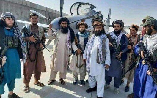 """В Афганистан прибыл лидер движения """"Талибан""""."""