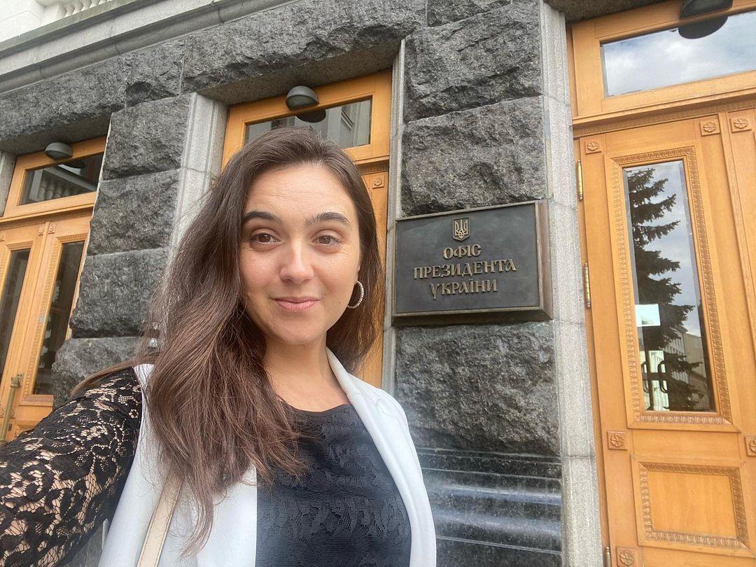 По мнению Юлии, пресс-секретарю нужно постоянно работать над собой.