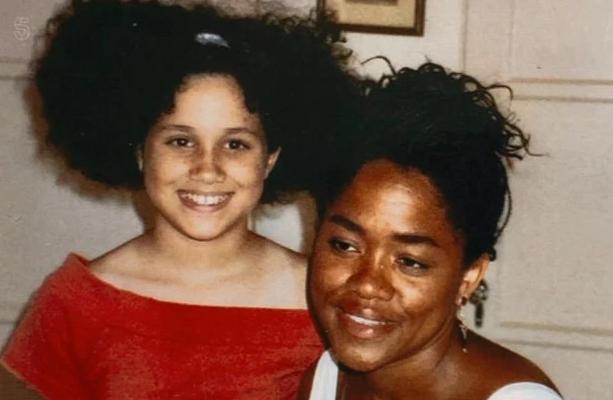 Меган Маркл у дитинстві з мамою