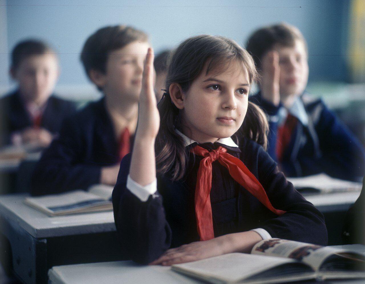 """Советское образование – """"лучшее в мире""""? Развенчиваем миф"""
