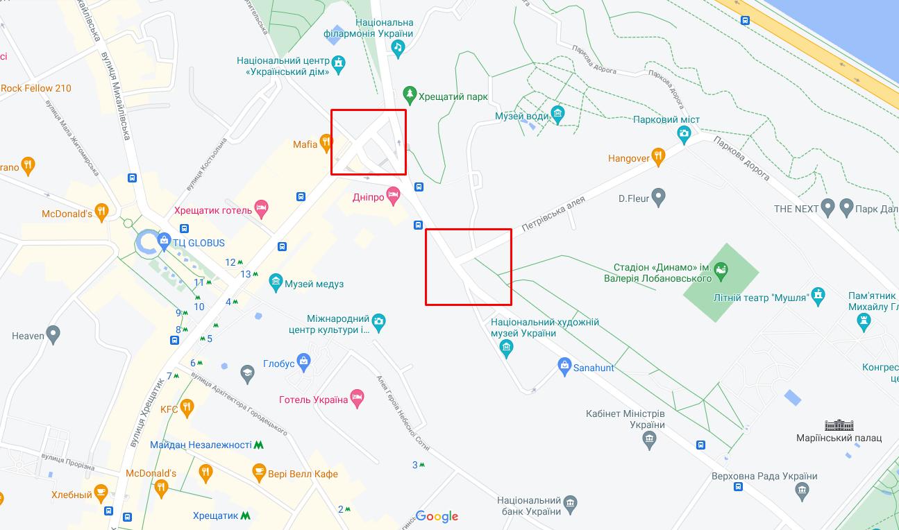 Грузовик в Киеве протаранил два авто возле стадиона Лобановского и одно на Европейской площади.
