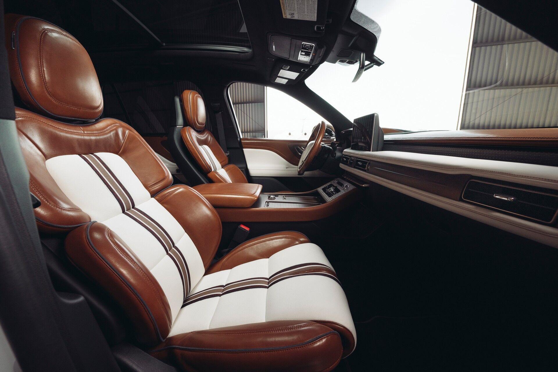 Салон Lincoln Aviator Shinola Concept