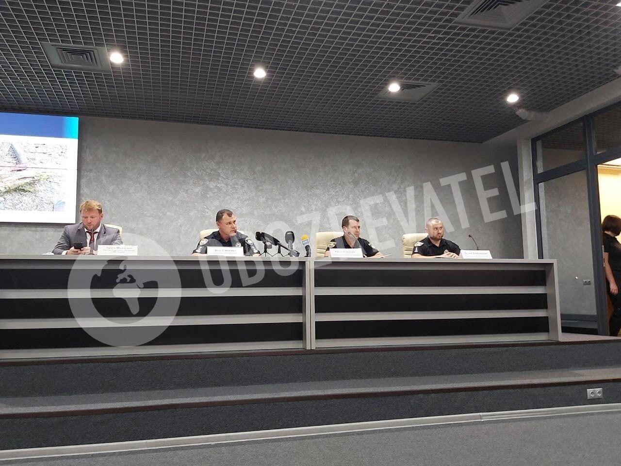 Руководство Нацполиции дало брифинг по факту гибели Шишова