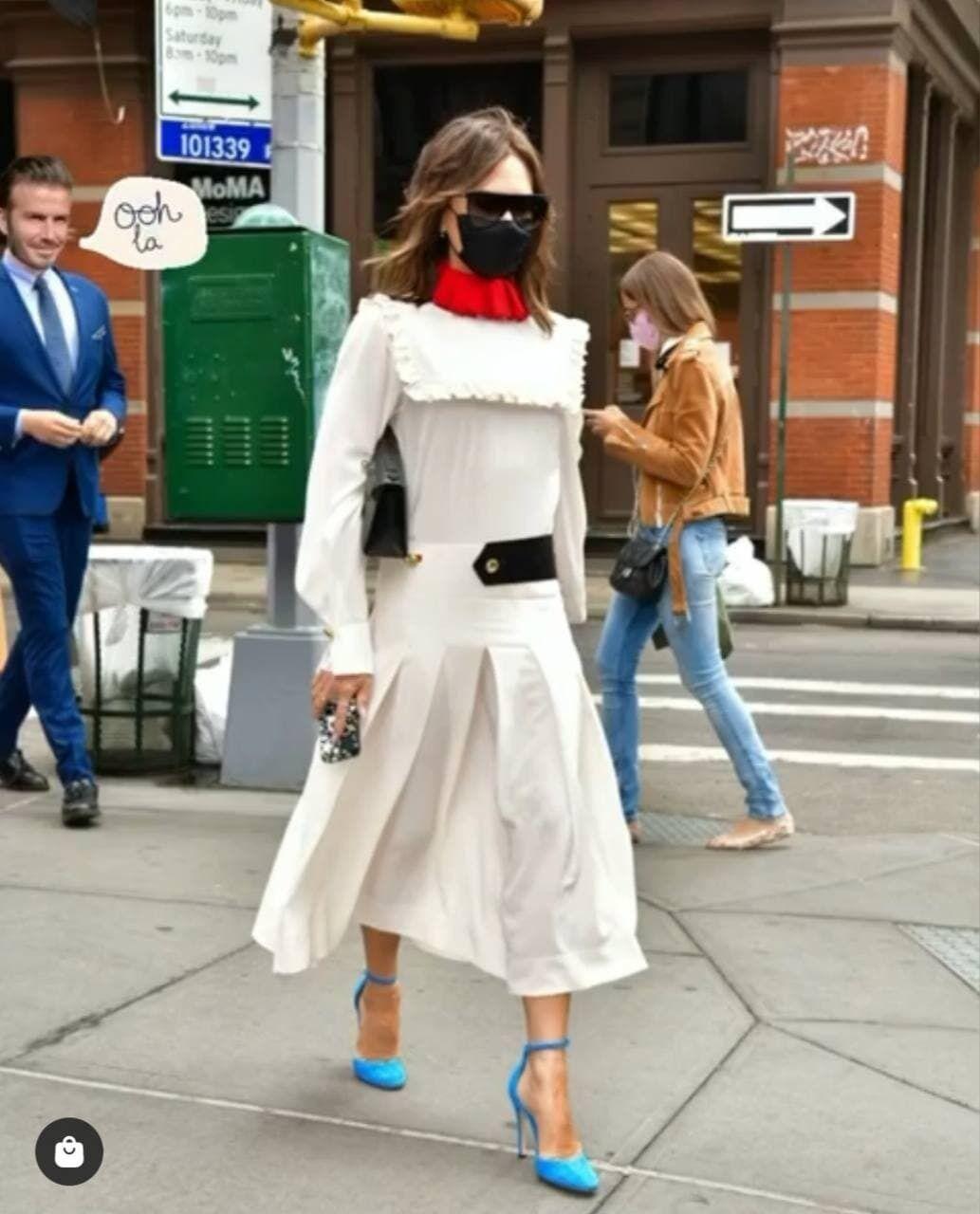Вікторія Бекхем в діловому стилі на вулицях Нью-Йорка.