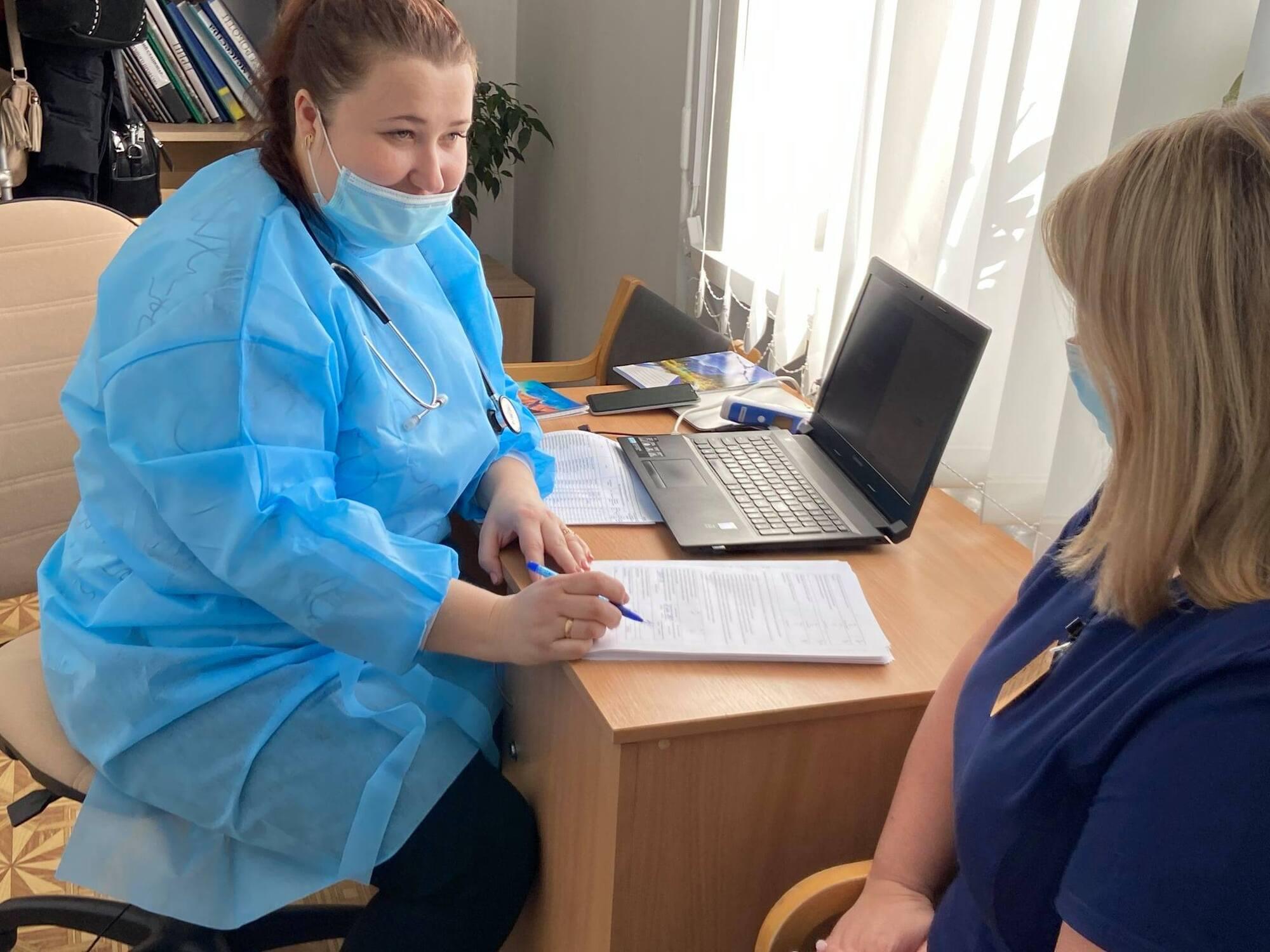 У Рівненській області пункти вакцинації пустують