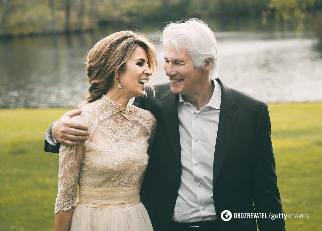 Ричард Гир и его супруга Алехандра.