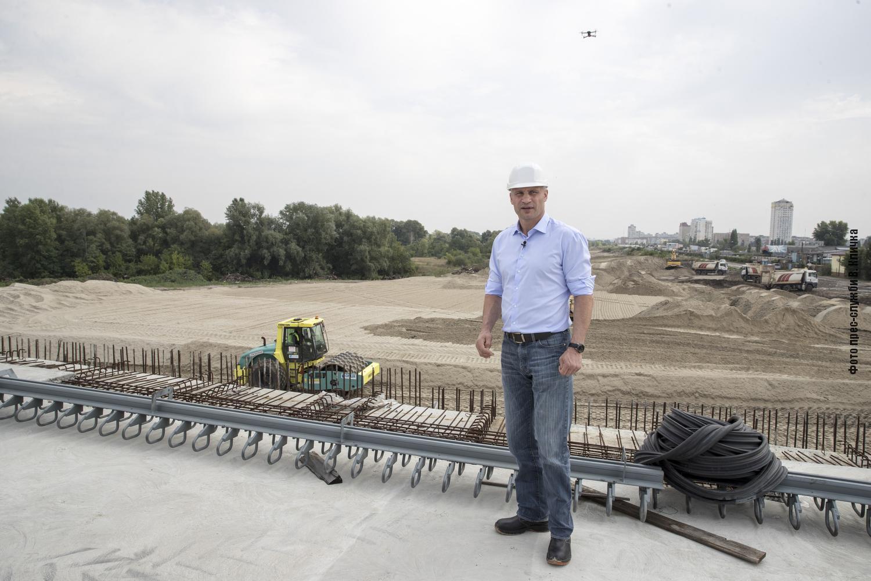 Кличко сообщил, что город начал ремонтные работы на нескольких участках Большой Кольцевой