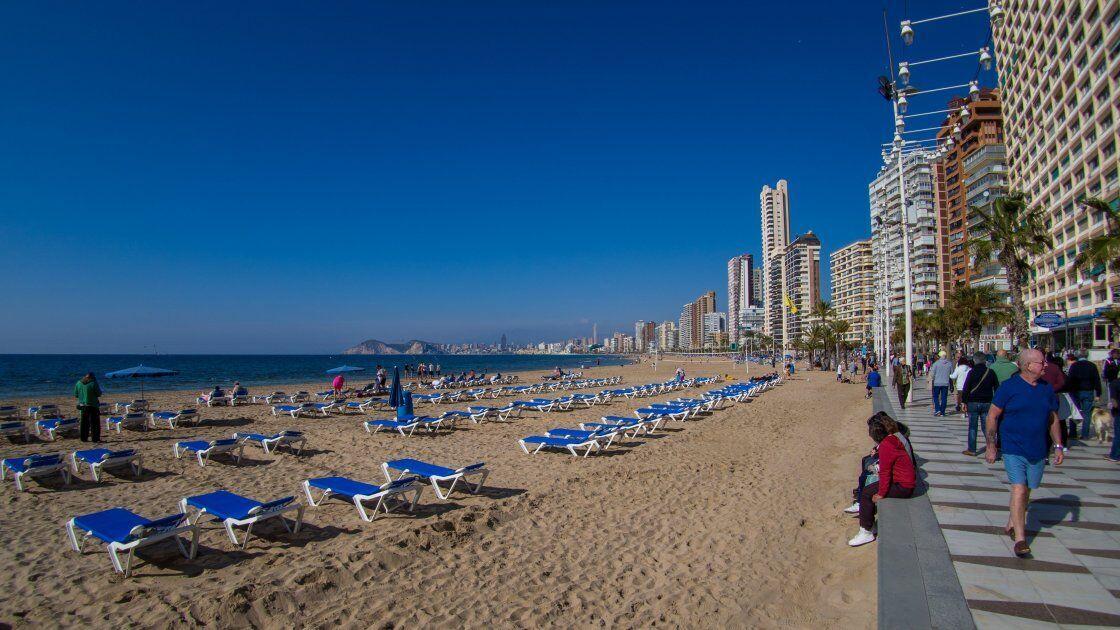 Пляжи Бенидорма признаны одними из лучших не только в стране, но и на всем Средиземноморском побережье