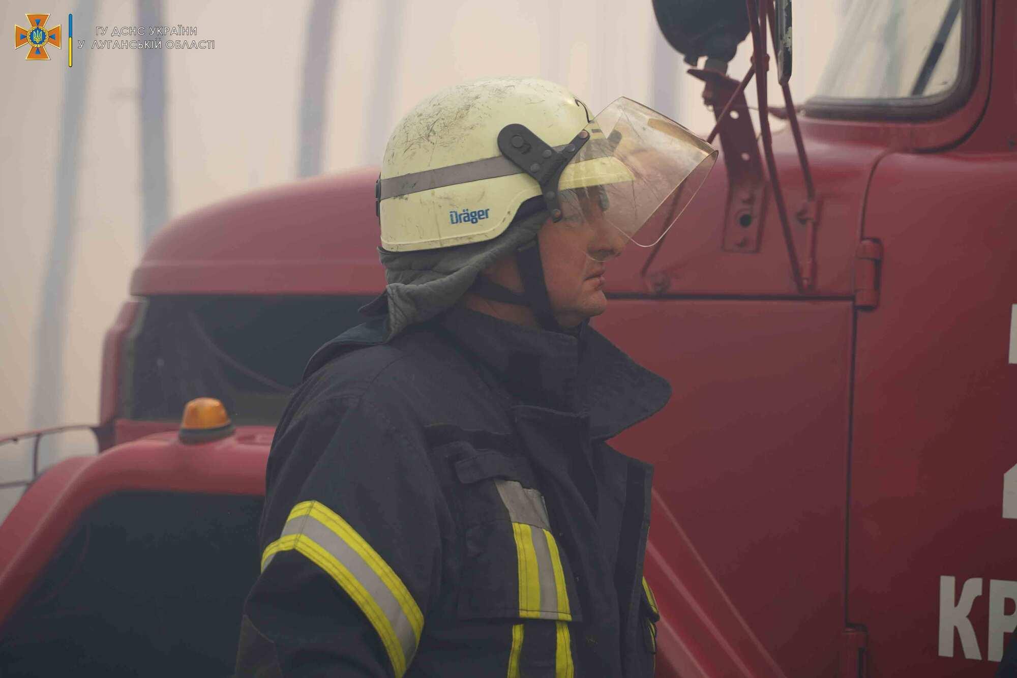 Пожарный на месте инцидента.