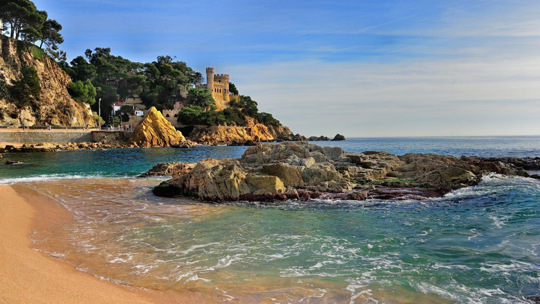 Ллорет-де-Мар – более универсальный курорт, чем остальные