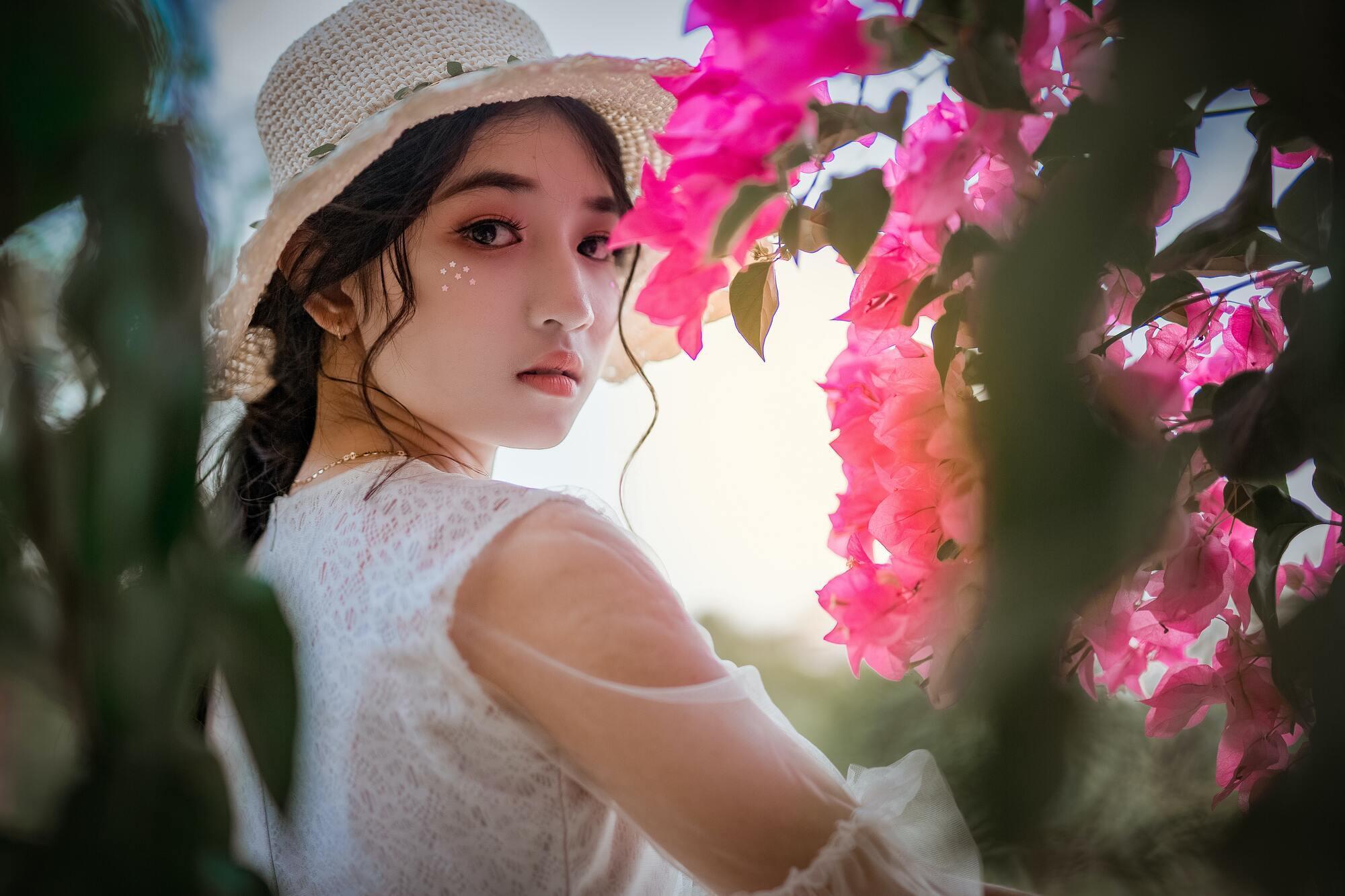 Санскрином корейские девушки начинают пользоваться с детства