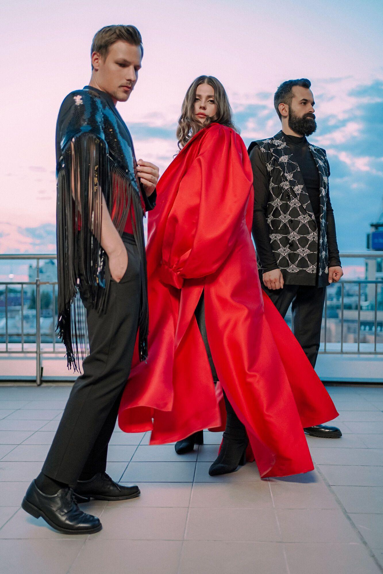 Группа KAZKA презентовала новую песню