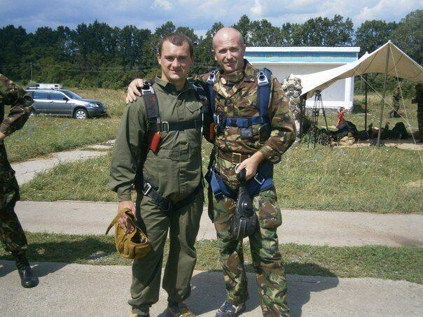Александр Петраковский с побратимом.