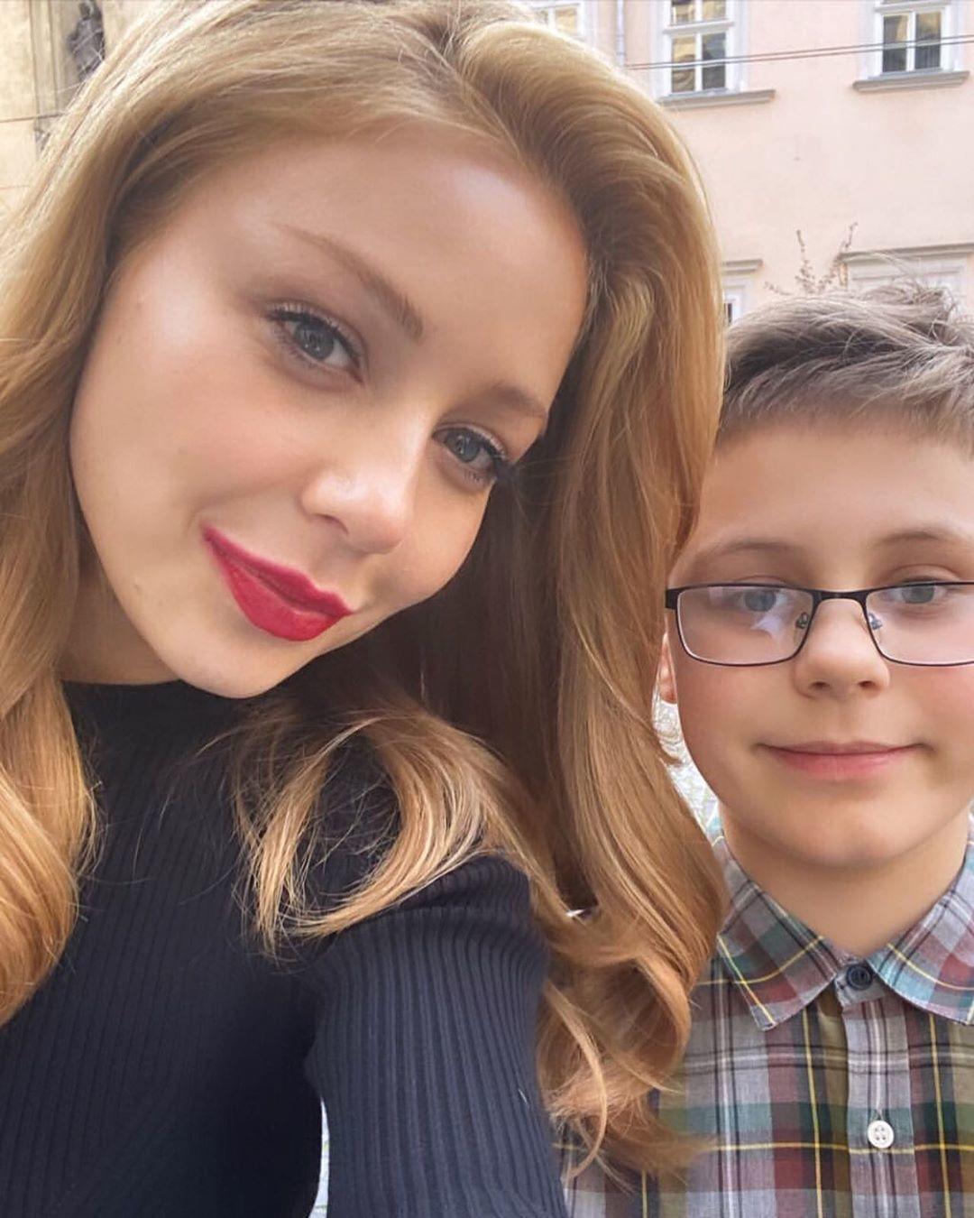 Тина Кароль с 13-летним сыном