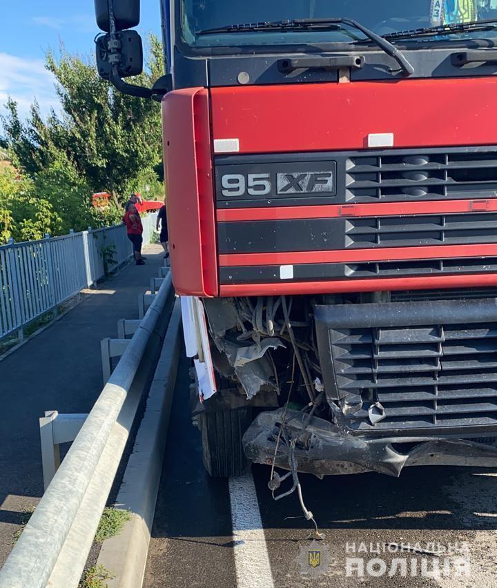 Водій вантажівки був тверезий.