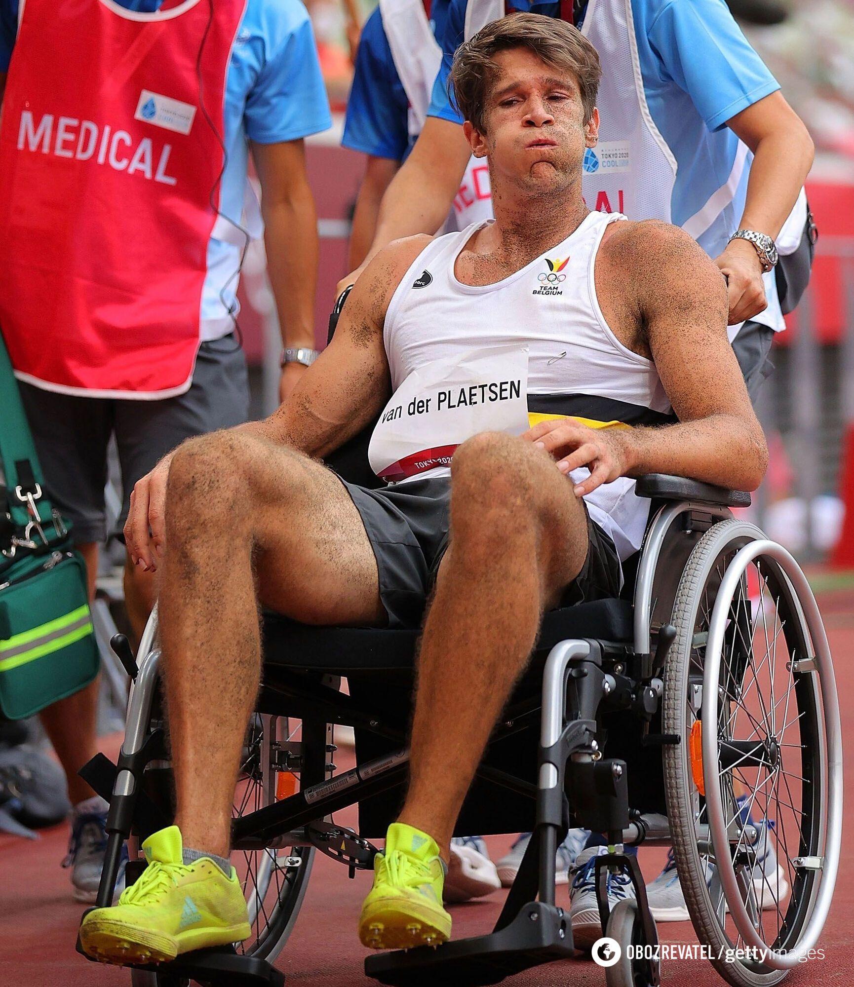 Томас ван дер Платсен покинул стадион в инвалидной коляске