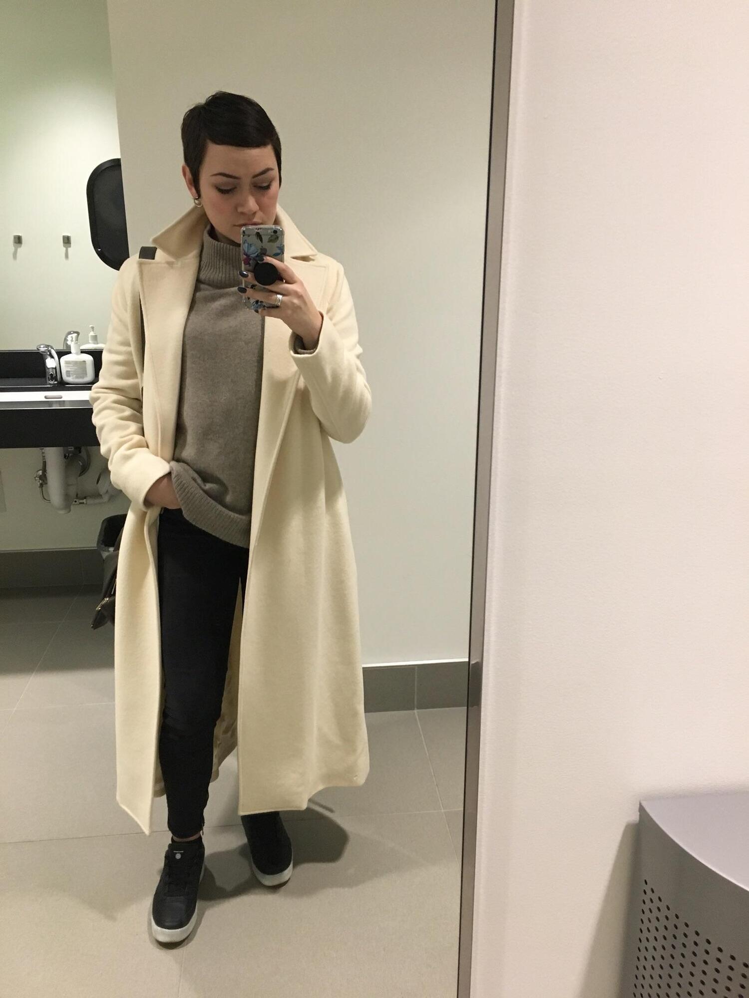 Пальто Ralph Lauren.