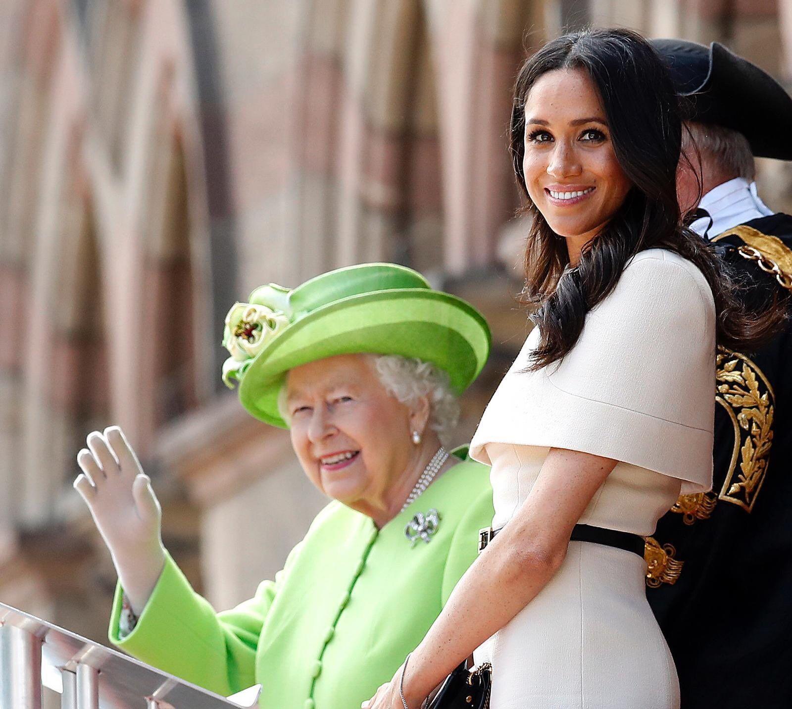 Меган Маркл з королевою Єлизаветою