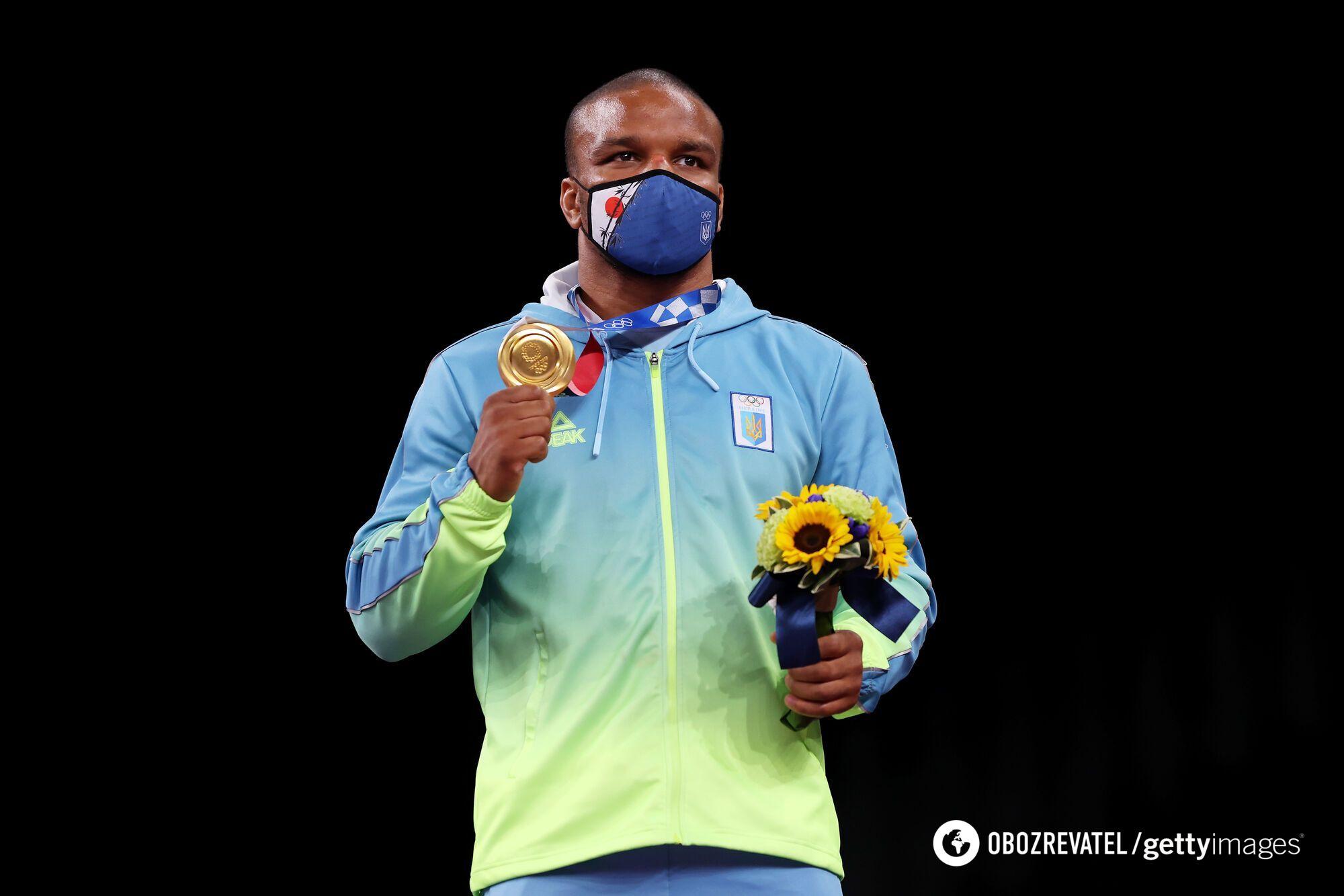 Жан Беленюк с золотой медалью.