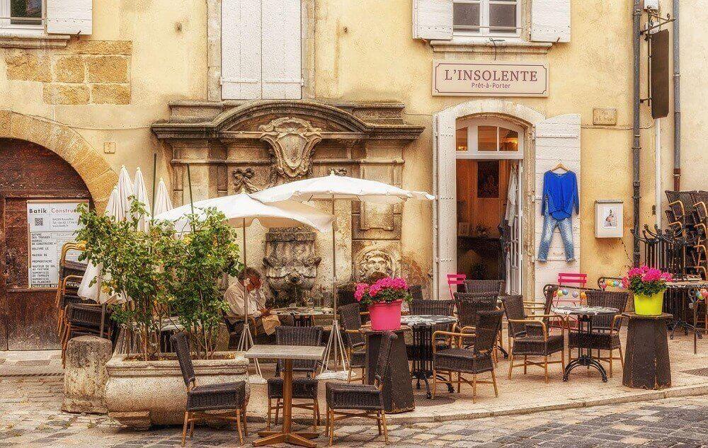 Лурмарен является одной из самых красивых деревень Франции.