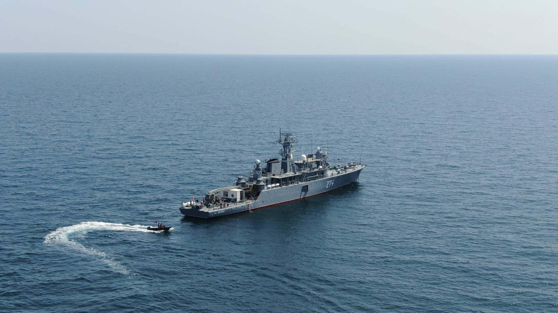 Судно ВМС Румынии.