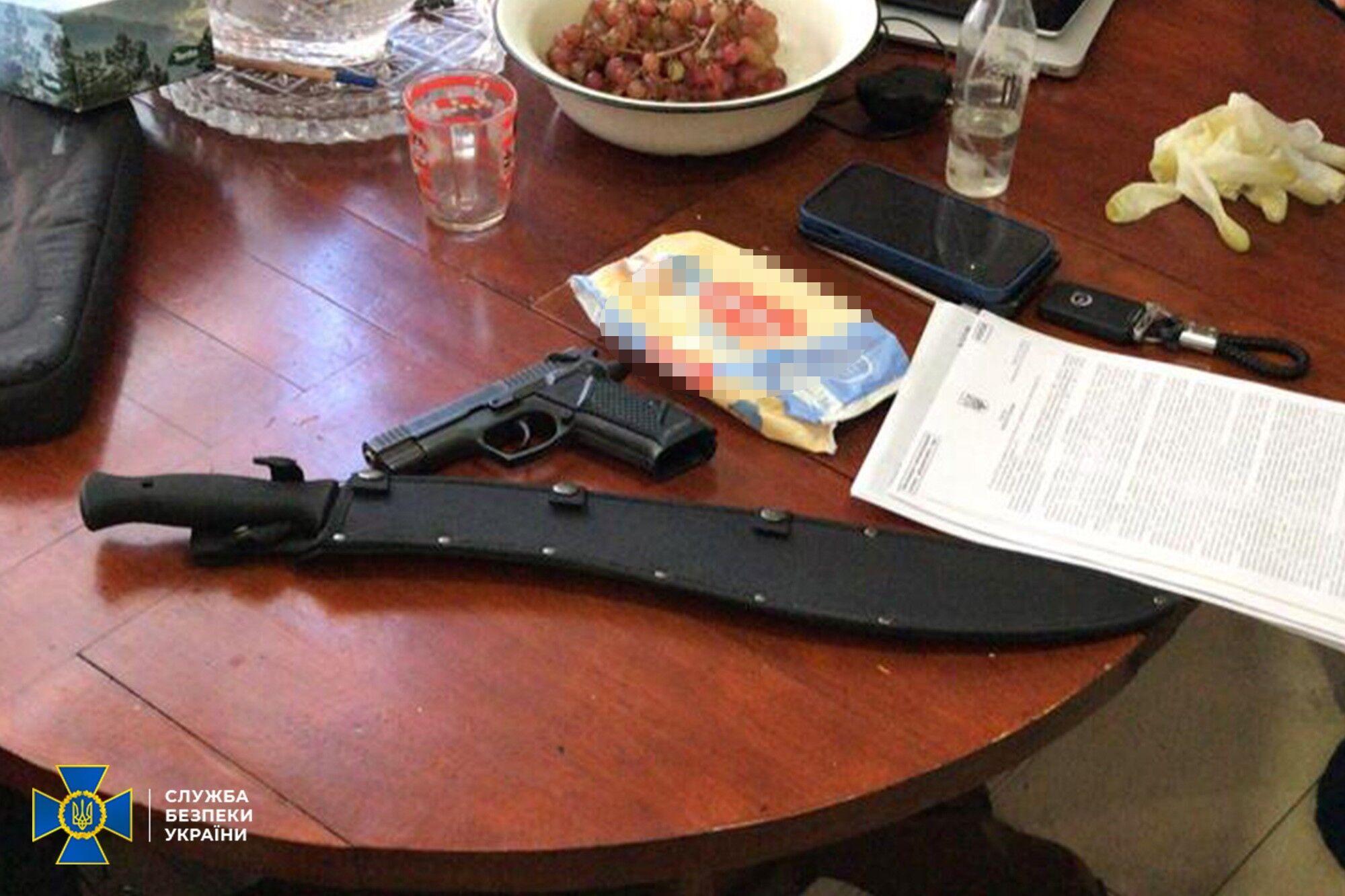 Правоохранители нашли оружие