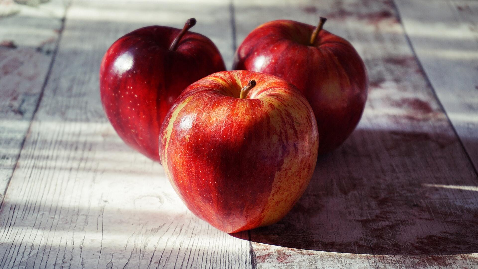 Для повидла нужно выбирать хорошие яблоки