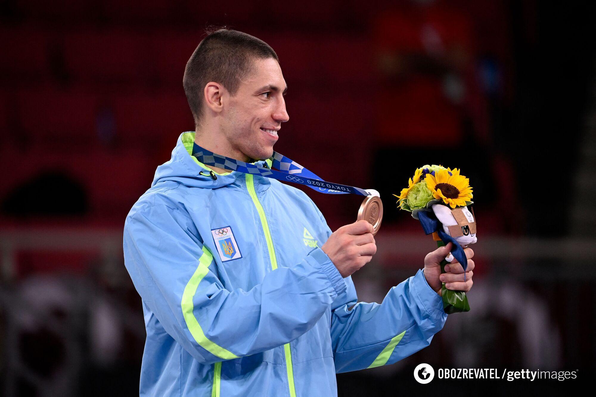 Станіслав Горуна з медаллю.