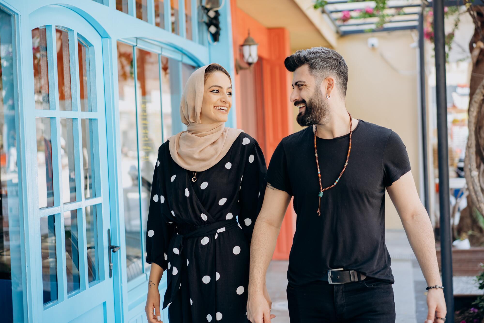 Цікавитися здоров'ям дружини і дітей у араба категорично заборонено