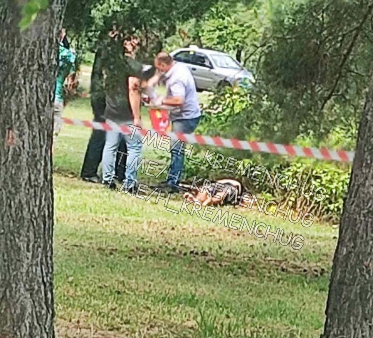 Парня обнаружили мертвым в кустах