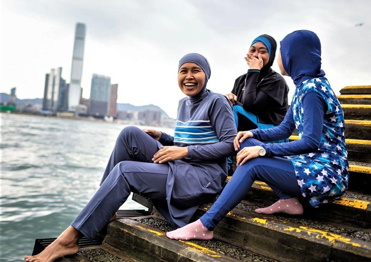 Специальная одежда для купания мусульманок называется буркини